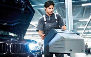 وكالة الصيانة الدورية لسيارات بي ام دبليو